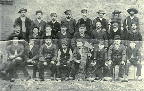 Ouvriers de la faux (© Vallée des forges)
