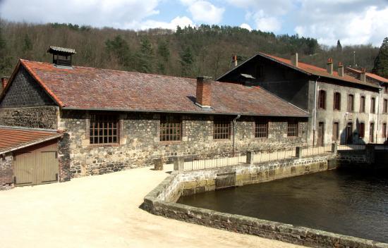 Musée de la faux et de la vie ouvrière (© Renaud Aulagner 2007)